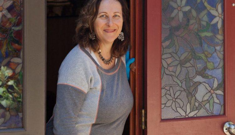 زين منزلك كالمحترفين بهذه الخطوات السهلة مع Debra Amerson